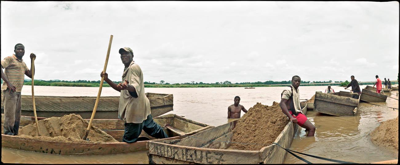 14Sandworker_Eye_on_Africa_mvg