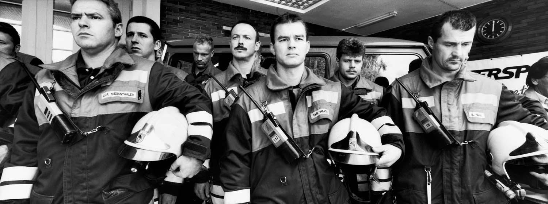 Berner Feuerwehrmänner im Gedenken ihrer New Yorker Kollegen am 14.9.2001