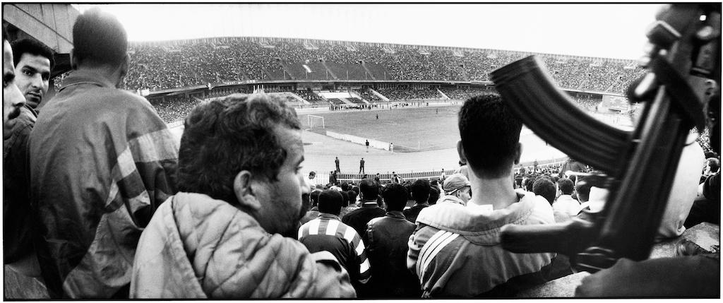 Match de football au stade du 5 Juillet, à Alger.
