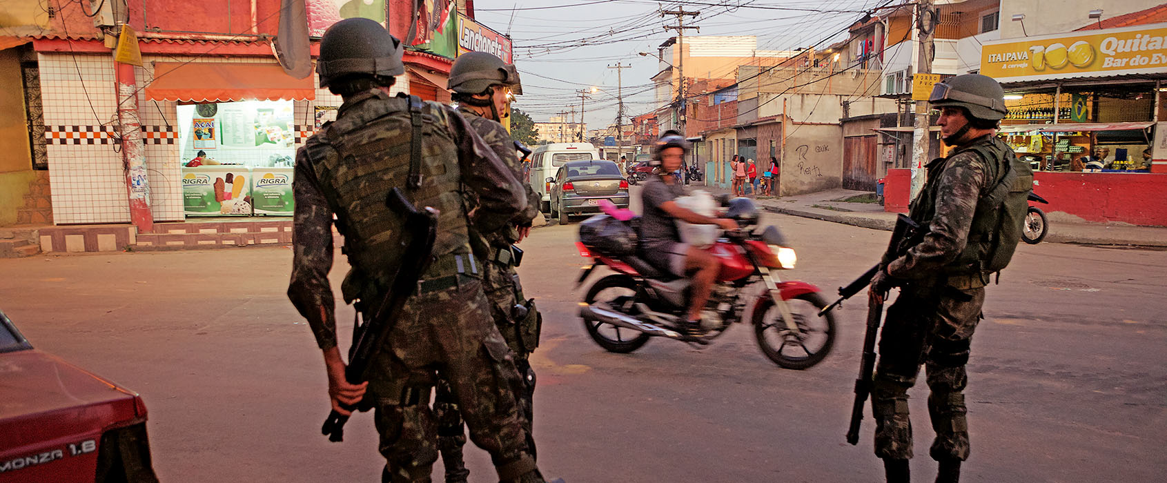 mvg_Rio_#33_Militar_scooter