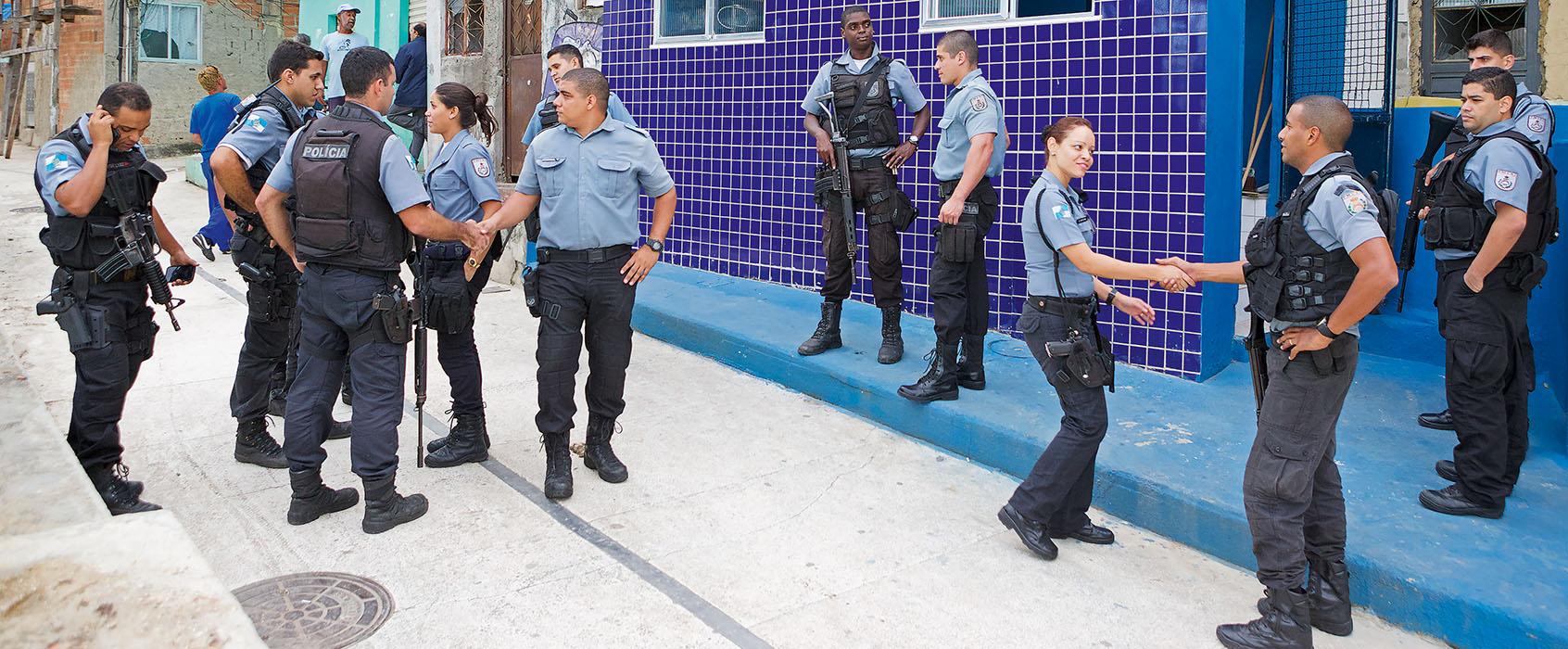 mvg_Rio_#64_Polizia_relax